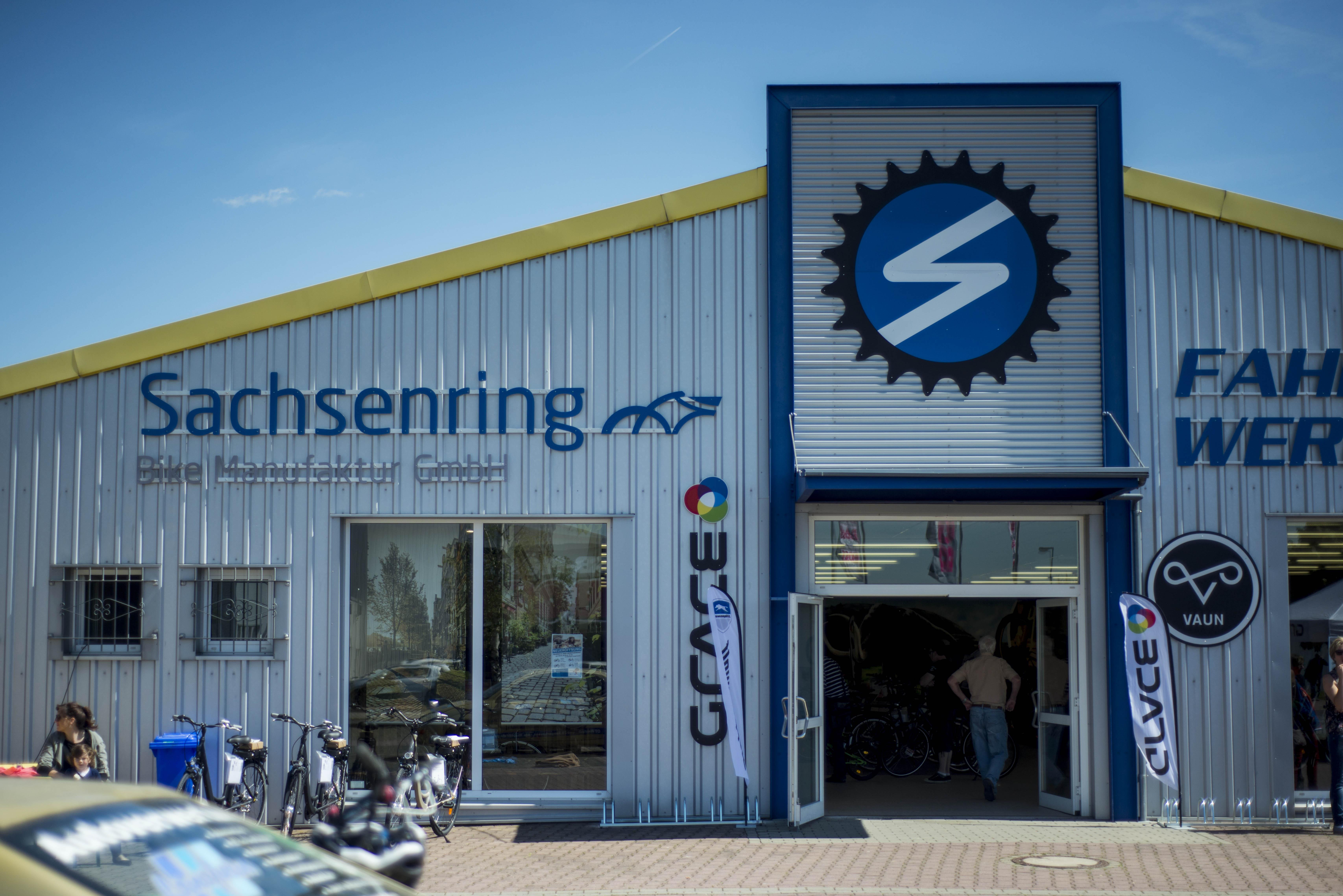 Sachsenring Bike Manufaktur - Eingang Werksverkauf in Sangerhausen